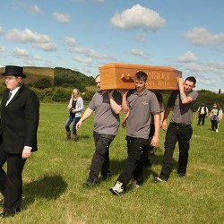 2019 Coffin Walk raises a toast to the past